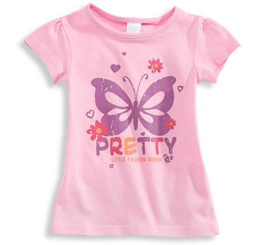 Футболка нежно - розового цвета с бабочкой C&A